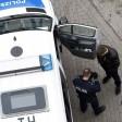 Erfurt, 25.02.2016 Polizisten kontrollieren am Ostersonntag Nachmittag auf einem Parkplatz in der Erfurte Körnerstraße ein verdächtiges Fahrzeug vom Typ Audi A6, in dem 5 männliche Person russischer Herkunft fuhren, auf verdächtige Gegenstände. Gefunde wurden unter anderen, ein Elektroschocker, ein Schlagring und ein Schlagstock welche beschlagnahmt wurden. Die Verdächtigen wurden angezeigt und durften ihre Fahrt später fortsetzen. Ein Verdacht Straftaten war zur Zeit nicht bekannt.