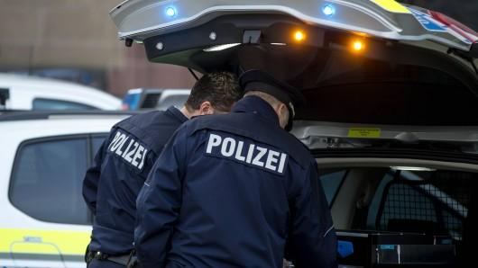 Nach der brutalen Entführung eines Thüringers war der Räuber untergetaucht, doch das Fahndungskommando der Polizei kam ihm auf die Spur. (Symbolbild)