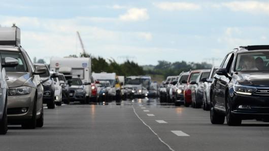 Der Verkehr auf der A4 staute sich bei Gotha. (Symbolbild)