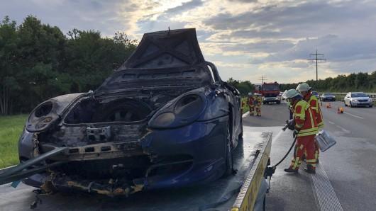 Auf der B247 im Kreis Gotha ist ein Porsche abgebrannt. (Symbolbild)