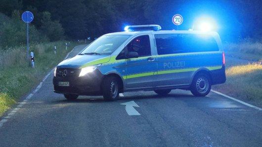 Als die Polizei auf der Straße im Kreis Saalfeld-Rudolstadt ankam, hatten die Tiere wieder Platz gemacht.