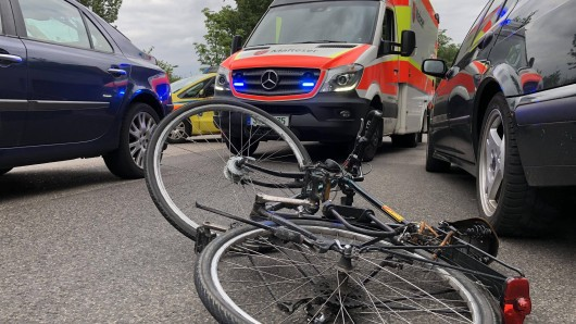 Ein 15-Jähriger wurde in Arnstadt in Thüringen in einen schweren Unfall verwickelt.