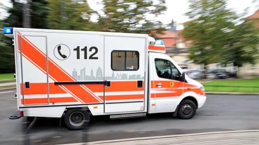 Eine 15-Jährige in Thüringen ist schwer verletzt. Auf sie wartet auch eine Anzeige. (Symbolbild)