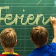 Die Schulkinder in Thüringen haben ab Freitagnachmittag frei. (Symbolbild)