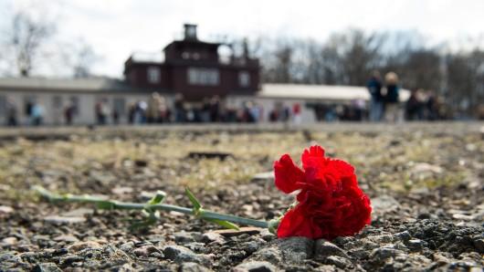 Weimar gedenkt. Erstmals wird mit dem Gedenkkonzert Asche von Buchenwald an die 3.500 in Buchenwald gestorbenen und ermordeten Menschen erinnert, die zwischen 1937 und 1940 im Krematorium des Weimarer Friedhofs eingeäschert wurden. (Archivbild)