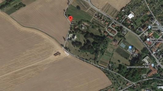 In eine Wiese an der Pappelalle in Bad Köstritz soll ein Hakenkreuz gemäht worden sein. Mittlerweile ist es laut Polizei wieder verschwunden.
