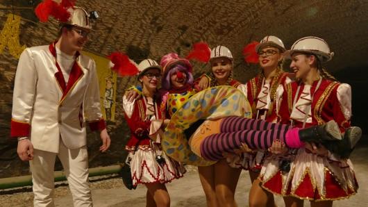 700 Meter unter der Erde haben Karnevalisten aus Bleicherode einen besonderen Faschingsumzug abgehalten.