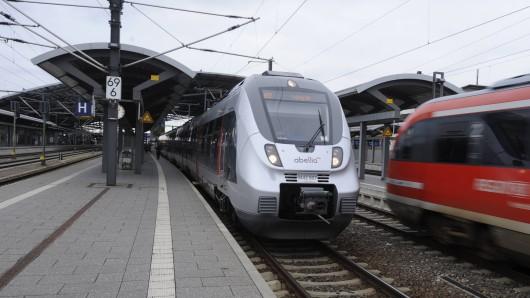 In Erfurt ist ein Zug entgleist.