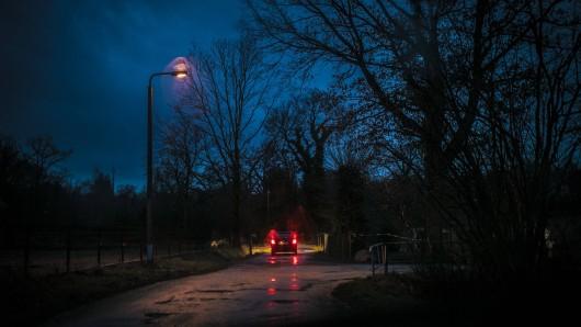 Auf der B7 in Thüringen ist ein Mann überrollt worden. War er vorher schon tot?