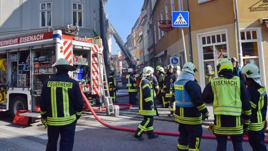 In Eisenach ist in der Nacht zum Dienstag (16.04.2019) ein Großbrand ausgebrochen, alle Feuerwehren der Stadt waren im Einsatz.