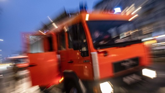 Bei einem Kellerbrand in Rudolstadt sind vier Personen verletzt worden. (Symbolbild)