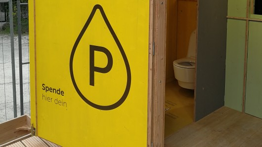 Die erste Recycling-Toilette eröffnet in Weimar.