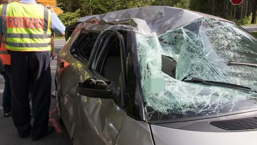 Auf der 281 bei Saalfeld in Thüringen ist am Sonntag (26.05.2019) ein Motorradfahrer bei einem Unfall ums Leben gekommen.