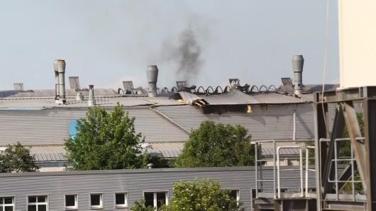 In Rockensußra – einem Ortsteil von Ebeleben im Kyffhäuserkreis in Thüringen – hat es am Dienstag (04.06.2019) in einer Recyclingfirma eine Verpuffung gegeben.
