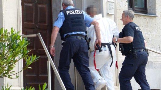Der Mann aus Nordhausen wurde noch am nächsten Tag einem Haftrichter vorgeführt.