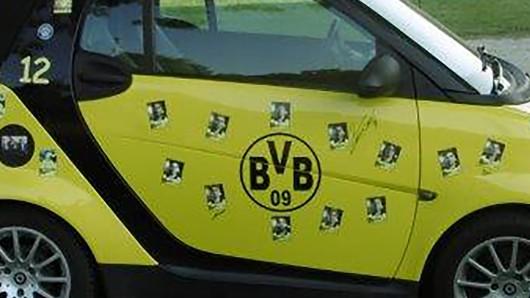 Der Fahrer traute sicher seinen Augen kaum, als er in Thüringen wieder in sein BVB-Fanmobil steigen wollte.