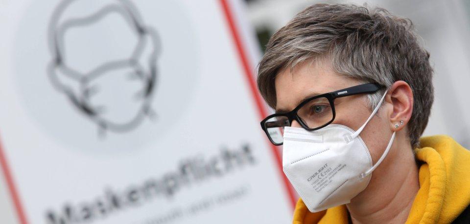 Solche medizinischen FFP2-Masken werden möglicherweise in Thüringen kostenlos an Bedürftige verteilt.