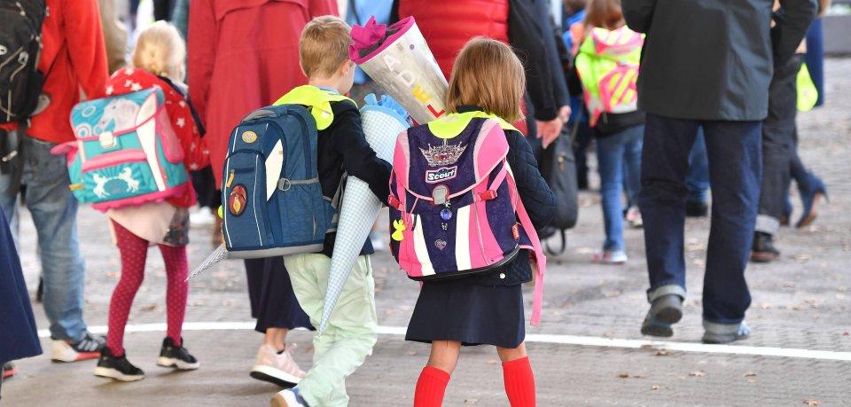 Eltern zukünftiger Schulkinder in Thüringen aufgepasst! DIESEN Termin solltet ihr euch unbedingt merken. (Symbolbild)