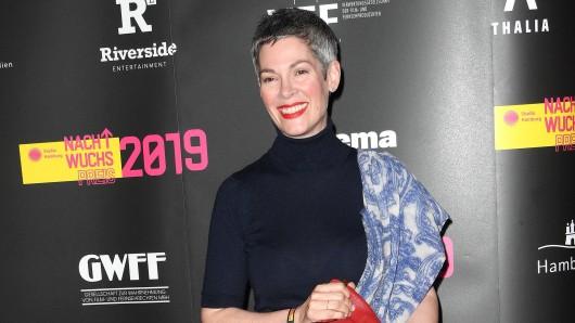 """Cheryl Shepard bei der Verleihung vom """"Studio Hamburg""""-Nachwuchspreis am 6. Juni 2019. SO sieht sie heute nicht mehr aus."""