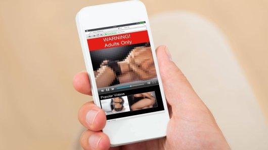 Wenn du auf deinem Rechner und Handy das Antiviren-Programm Avast genutzt hast, kann es sein, dass sensible Daten von dir weiterverkauft wurden – auch Besuche bei Porno-Webseiten. (Symbolbild)