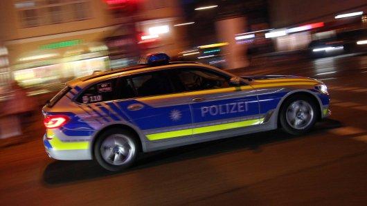 Bayern: Am frühen Morgen musste die Polizei Mittenwald zu einem Einsatz ausrücken. (Symbolbild)