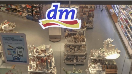 dm: Der Konzern plant einen drastischen Strategiewechsel bei Filialen. (Symbolbild)