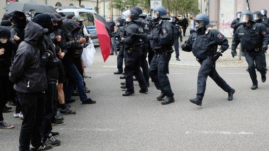 Die Polizei ist in Weimar mit einem Großaufgebot unterwegs.