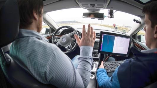 In Gera beschäftigen sich künftig Experten mit dem autonomen Fahren. (Archivfoto)