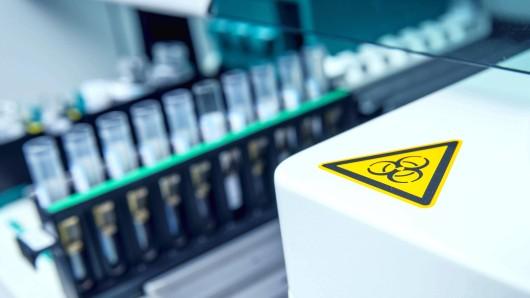 Ein neuer Impfstoff aus dem Labor soll leben retten. (Symbolfoto)