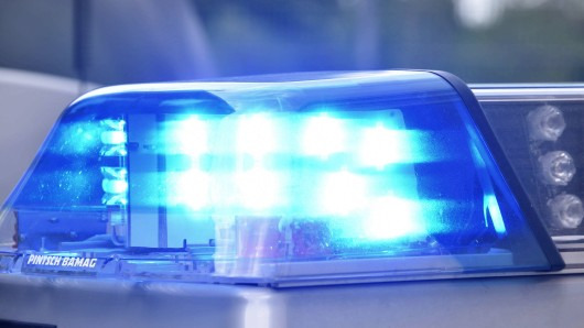 Polizisten haben eine seit Wochen vermisste Rentnerin in Alperstedt (Landkreis Sömmerda) in Gewahrsam genommen. (Symbolbild)