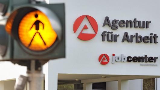 Bezieher von Hartz 4 müssen beim Jobcenter mit Sanktionen rechnen.