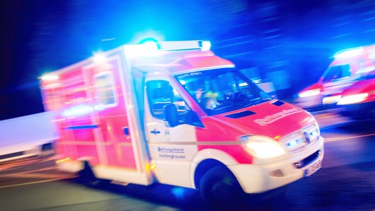 Der Mann wollte von einem Krankenwagen nach Hause gebracht werden. (Symbolbild)