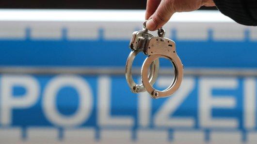 Die Polizei nahmen den Unruhestifter in Erfurt schließlich fest. (Symbolbild)
