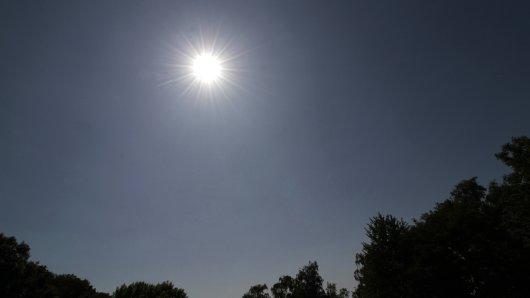 Hitze in Deutschland: Am Wochenende droht ein Wetter-Chaos.