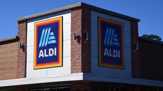 Aldi-Mitarbeiter müssen wohl um ihren Job zittern.